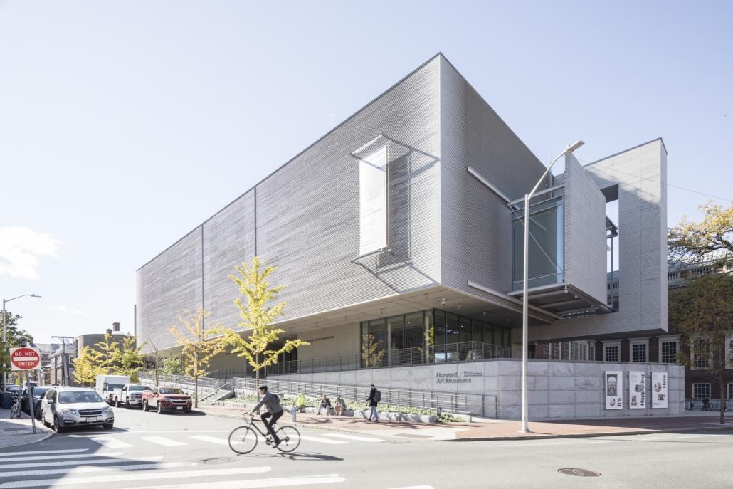 کریمسون وریتاس : معماری ساختمان و تاریخچه آن در هاروارد