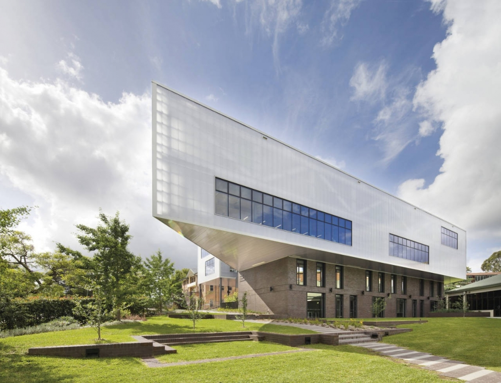 طراحی ساختمان مدرن مدرسه دختران Ravenswood / BVN