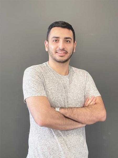 درنیک محمودی